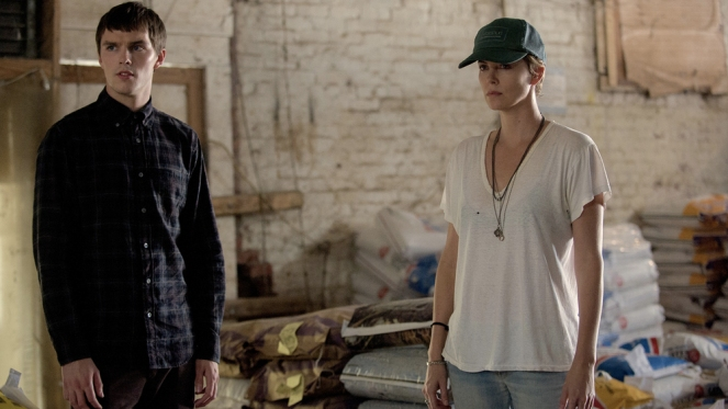 dark-places-movie-2015-starring-charlize-theron-and-nicholas-hoult